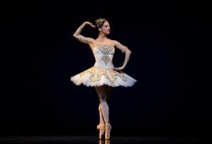 Lorena Feijoo in Nureyev's Raymonda Act III © Erik Tomasson